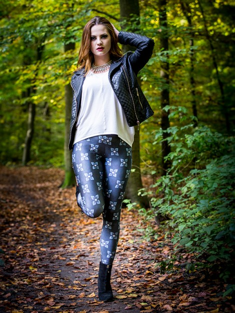 Blue Leaves Leggings
